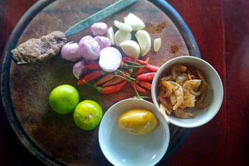 Chilli dipping sauce with dried shrimp ingredients