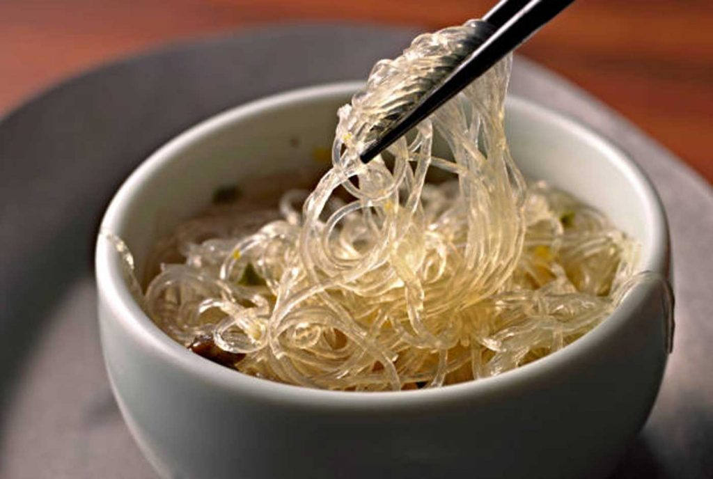 Spicy glass noodles