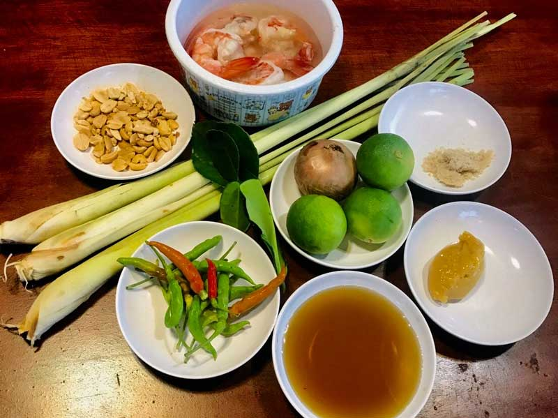 lemongrass salad with shrimp ingredients