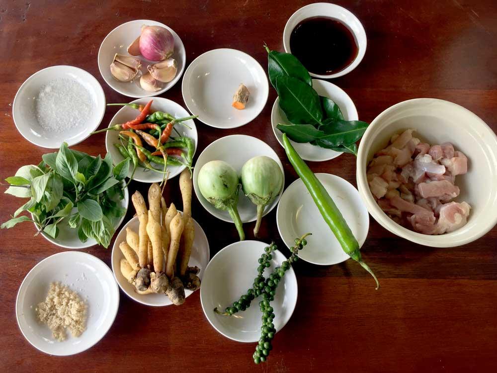 Spicy Stir Fried Pork with Thai Herbs ingredients