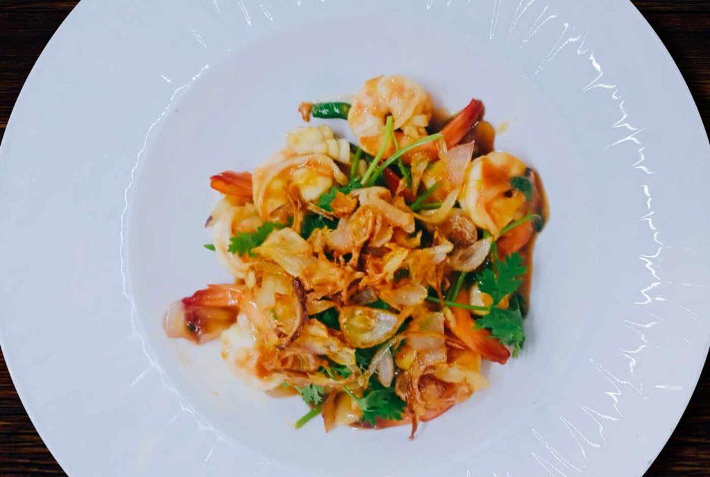 Fried shrimp in Tamarind sauce