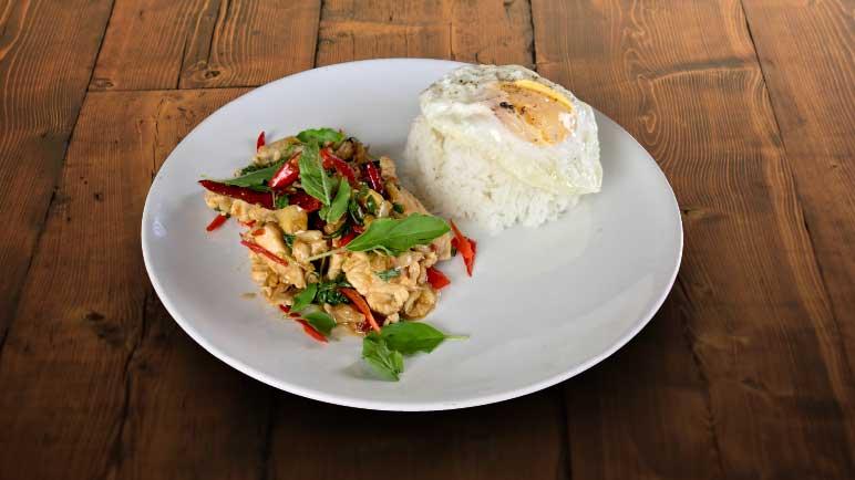 Stir fried chicken with Thai basil